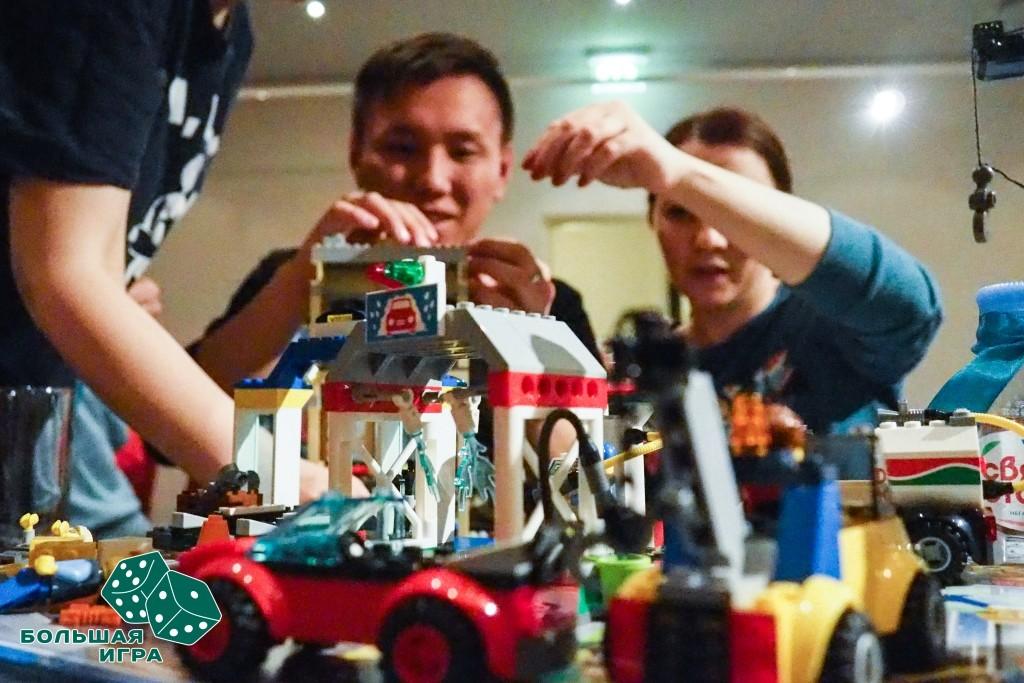 Тимбилдинг в офисе. Lego тимбилдинг.